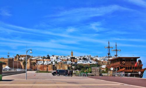 schip bij kasbah oudaya